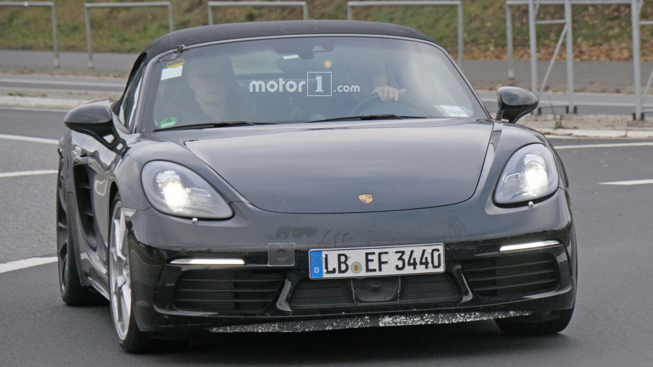 2018 Porsche 718 Boxster GTS spy photo