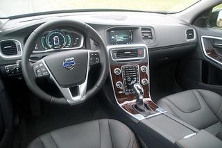 Volvo S60 Cross Country: İlk Sürüş