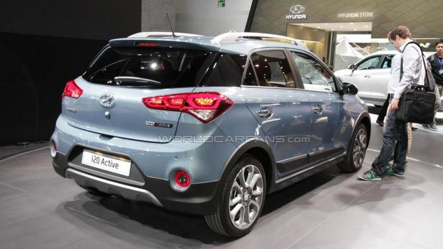 hyundai i20 active petite crossover tries to look rugged in frankfurt. Black Bedroom Furniture Sets. Home Design Ideas