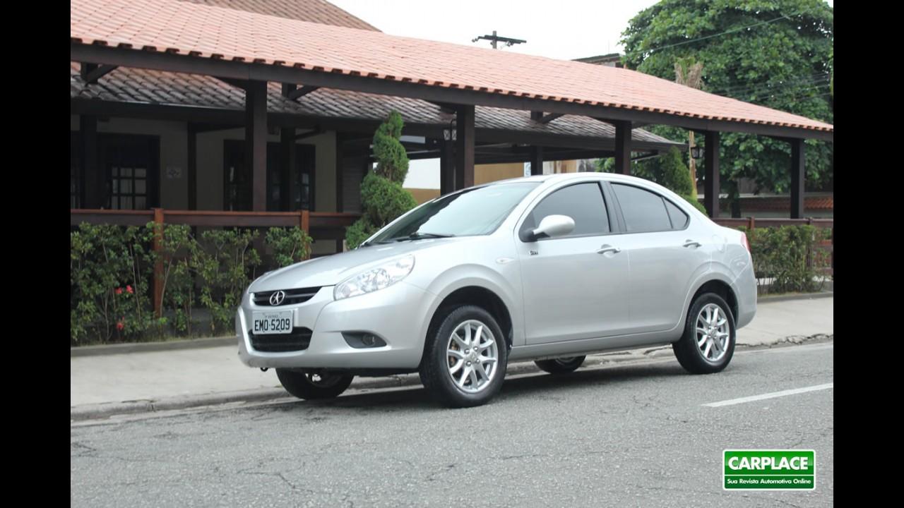 """Especial """"Campeões de 2012"""": Sedãs pequenos e compactos mais vendidos no Brasil"""