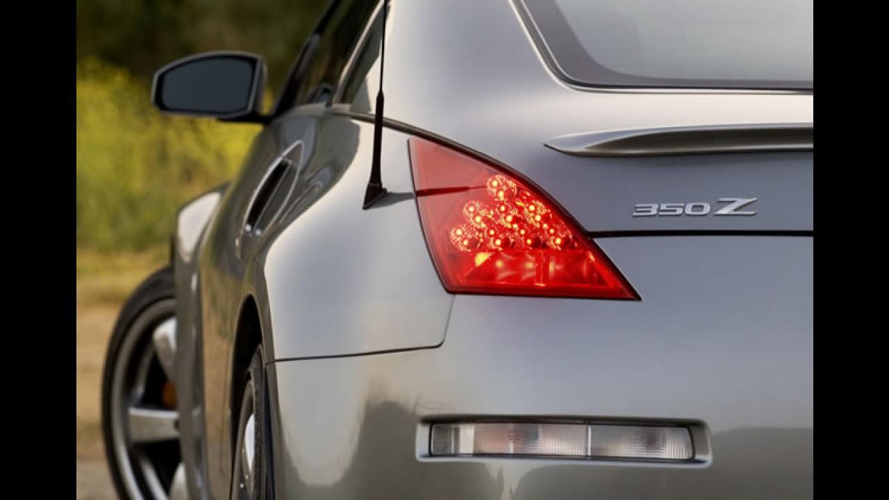 Queima de estoque: Nissan 350Z tem desconto de R$ 55 mil em concessionária de São Paulo