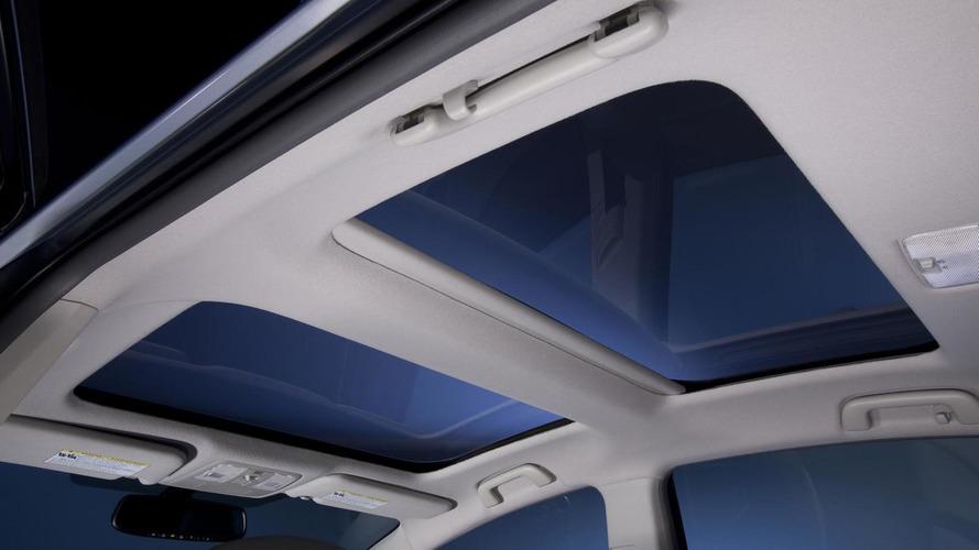 2012 Toyota Prius v unveiled in Detroit [video]